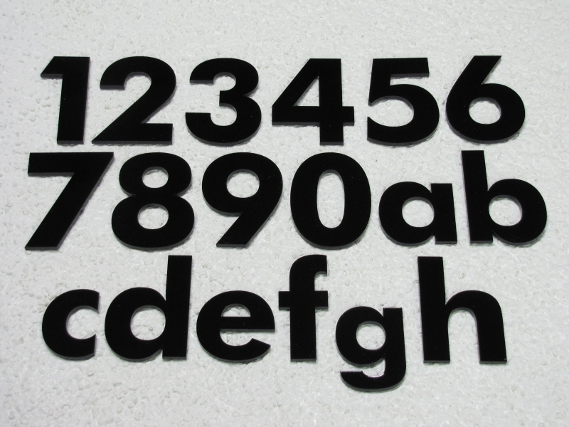 Zahlen und Buchstaben aus Plexiglas, 65mm oder 100mm hoch, div. Farben